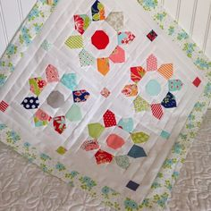 A Quilting Life - a quilt blog: Mini Quilts and Small Projects. I started out with mini quilts and I still love them.