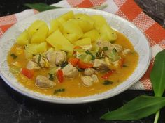 Thai Red Curry, Chicken Recipes, Cooking Recipes, Ethnic Recipes, Food, Treats, Red Peppers, Sweet Like Candy, Goodies
