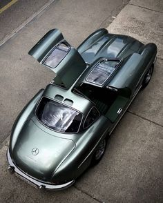 Call MercedesCall today or drop by! Indoor units available . - Not Just A Car… Mercedes 300 SL - Cars Bmw Classic Cars, Classic Mercedes, Lambretta, Cars Vintage, Mercedez Benz, Auto Retro, Mercedes Benz 300, Car In The World, Amazing Cars
