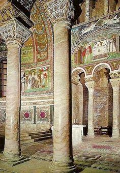 San Vital - Lado izq.  del Altar