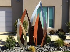 Corten steel sculpture x H and stainless steel with no 4 finish Metal Art Sculpture, Steel Sculpture, Outdoor Sculpture, Garden Sculptures, Sculpture Ideas, Garden Art, Garden Design, Magazine Deco, Boutique Deco