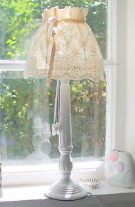 zauberhafte Lampe im Landhausstil