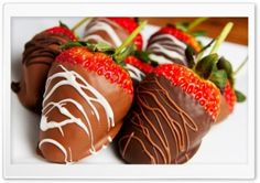 Strawberries Covered With Chocolate HD Wide Wallpaper for Widescreen