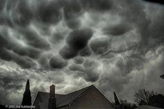 Everyone loves a good mamma cloud. ;)