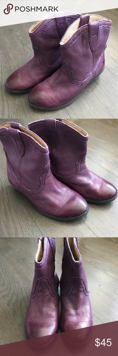 SO CUTE Little Girl Frye Boots - Youth 13 These are the cutest little girl Frye Boots. Size 13. Great used condition. Please look over all photos. Please ask if you have questions. Thank you! Frye Shoes Boots