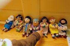"""""""Tuossa on Mooses"""", totesi Abigail 4v. Lokalahden kirkko. SoulSistersit testaamassa Tiekirkkojen fillarikierroksen 14.-26.6.2012."""