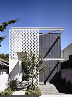Fairbairn House  / Inglis Architects