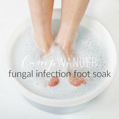 Eastern traditions claim that toxins are effectively eliminated through the feet. Regular foot baths can aid system detox, address toenail infections and help you relax without a deep soaking tub in the house. Convenient, time saving, h. Foot Detox Soak, Diy Foot Soak, Foot Soaks, Hand Soak, Epsom Salt For Hair, Salt Hair, Epsom Salt Cleanse, Foot Soak Recipe, Bath Detox