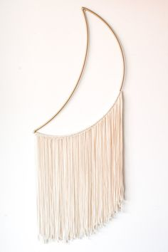 macrame/macrame anleitung+macrame diy/macrame wall hanging/macrame plant hanger/macrame knots+macrame schlüsselanhänger+macrame blumenampel+TWOME I Macrame Natural Dyer Maker Educator/MangoAndMore macrame studio Yarn Wall Art, Yarn Wall Hanging, Diy Wall Art, Diy Wall Decor, Wall Art Boho, Handmade Wall Hanging, Wall Hangings, Deco Restaurant, Macrame Design