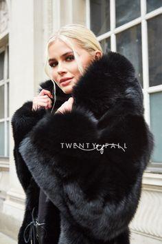 Black Fox Fur Coat with Full Pelt Fur Sleeves and Hood Fox Fur Coat, Fur Coats, Fur Fashion, Womens Fashion, Curvy Petite Fashion, Fur Clothing, Garment Bags, Black Knit, Winter Outfits