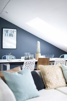 Sherwin Williams Bracing Blue Sw 6242 Hgtv Home By Sherwin Williams Paint Color