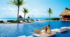 The pool at #ZoetryResorts Paraiso de la Bonita is a great place to relax with that special someone. #UnlimitedRomance