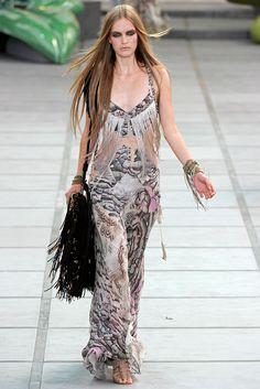 Roberto Cavalli Spring 2011 Ready-to-Wear Collection Photos - Vogue
