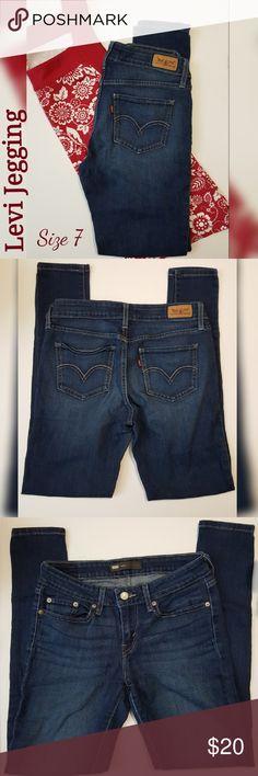 Levi Blue Jeans { Size 7 } Size 7~ 28W 32L Jeggings/Skinny Jeans Levi's Pants Skinny
