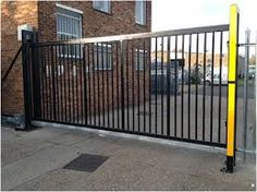 Image result for cantilever gate london Gate, Deck, Outdoor Structures, London, Outdoor Decor, Home Decor, Decoration Home, Portal, Room Decor