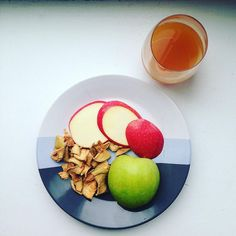 #Thankful for apples! The fruit that started it all #crunchon #justonesimpleingredient #apples #nongmo #fruitchips #bakedneverfried #applesonapples #applecider #snacksgonesimple #wecantgetenough