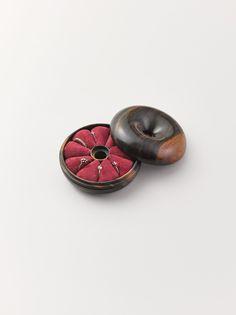 ARTS&SCIENCE - CEDES   Donut Ring Holder