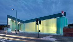 Dalmarnock Station / ATKINS. Translucent cast glass