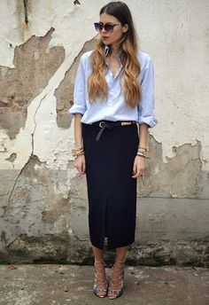Sophisticated chic look, midi skirt and classic button down Fashion Mode, Moda Fashion, Office Fashion, Skirt Fashion, Womens Fashion, Street Look, Street Chic, Inspiration Mode, Business Outfit