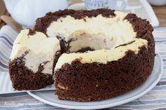 CIAMBELLA NUA al CIOCCOLATO Sweets Recipes, Desserts, Cake Cookies, Cupcakes, Cake Art, Biscotti, Nutella, No Bake Cake, Bakery