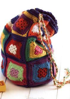 Free and Fresh Crochet Handbags Pattern Design Ideas Part 7 – Crochet Bag İdeas. Crochet Pattern Free, Bag Sewing Pattern, Crochet Motif Patterns, Bag Pattern Free, Bag Patterns To Sew, Cute Crochet, Square Patterns, Crochet Bag Tutorials, Handbag Patterns