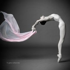 Image shared by helena. Find images and videos about dance, ballet and ballerina on We Heart It - the app to get lost in what you love. Ballet Poses, Dance Poses, Ballet Dancers, Ballet Pictures, Dance Pictures, Dance Like No One Is Watching, Just Dance, Dance Images, Ballerina Dancing