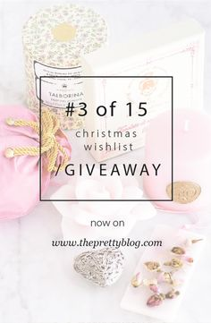 amazing giveaway Santa Maria Novella, Christmas Wishes, Giveaways, Place Cards, Place Card Holders, Amazing, Pretty, Blog, Blogging