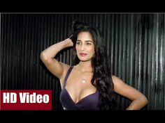 Poonam Pandey sizzling at the trailer launch of THE WEEKEND.  #poonampandey #theweekend #bollywood #bollywoodnews #bollywoodnewsvilla
