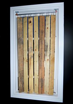 DIY Pallet Wood Vertical Blinds (cute idea for a cabin or country style home.)