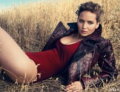 MTV Style | Jennifer Lawrence Pose For 'VOGUE' ---- Her carefree attitude, humor, looks and brilliant acting skills inspire the hell out of me!