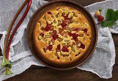 Swedish Recipes, Sweet Recipes, Strawberry Rhubarb Cake, Just Desserts, Dessert Recipes, Norwegian Food, Healthy Sugar, Rhubarb Recipes, Sugar Free Recipes