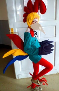 Resultado de imagen para boy in chicken costume with styrofoam eyes costume Heihei Costume, Costume Halloween, Diy Halloween Gifts, Flower Costume, Bird Costume, Holidays Halloween, Cool Costumes, Halloween Party, Diy Carnival