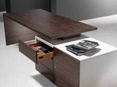 Despacho en chapa de madera natural y mueble soporte lacado. MODELO: CUBO