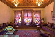 salon marocain moderne sur mesure, des tissus d 'ameublement de haute gamme carrément bordé pour ajouter du charme à vos salons 2014 , des matelas confortables ,  ainsi que des articles décoratifs pour augmenter la qualité de votre design intérieur notamm