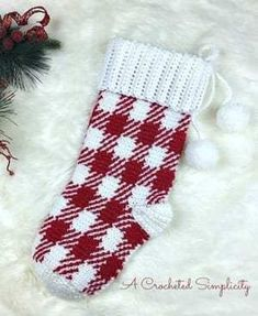 25 Crochet Christmas Patterns to Try - A More Crafty Life Crochet Stocking, Christmas Stocking Pattern, Crochet Christmas Ornaments, Crochet Ornament Patterns, Christmas Crochet Patterns, Crochet Blanket Patterns, Small Christmas Stockings, Cute Christmas Gifts, Colorful Christmas Tree