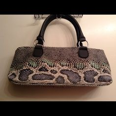 Wine Purse. REDUCED Insulated Wine Purse snake skin print new with tags and bottle opener Accessories
