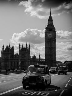 Houses of Parliament and Westminster Bridge - Big Ben - City of London - England - United Kingdom Photographic Print by Philippe Hugonnard at AllPosters.com
