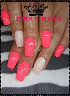 Best Nail Polish Colors of 2019 for a Trendy Manicure Pink Chrome Nails, Hot Pink Nails, Coral Nails, Bright Nails, Cute Nails, Pretty Nails, Pink Nail Designs, Nails Design, Almond Acrylic Nails