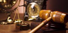 92 года тюрьмы и штраф 830 тысяч евро за перевозку беженцев http://feedproxy.google.com/~r/russianathens/~3/S5ZPeUOOu4o/24434-92-goda-tyurmy-i-shtraf-830-tysyach-evro-za-perevozku-bezhentsev.html  Верховный суд Греции утвердил решение Аппеляционного суда, согласно которому троим работорговцам – перевозчикам мигрантов был вынесен приговор – суммарное наказание в виде 92 лет лишения свободы и штрафа на сумму 830 тысяч евро.