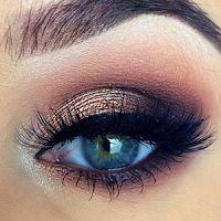 How to make makeup for green eyes & make-up ideas, tutorials rocks Fancy Makeup, Make Makeup, Makeup For Green Eyes, Blue Eye Makeup, Makeup Brush Set, Simple Makeup, Makeup Looks, Eyeshadow Tutorial For Beginners, Make Up Tutorials