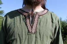 Celtic knot trim handwoven for this tunic by Annie MacHale