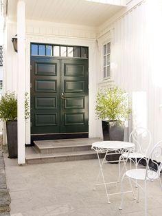NYTT fargekart - Her finner du Jotuns mest anvendte farger for hus Room Divider, Outdoor Decor, Umbra, Furniture, Home, Home Decor