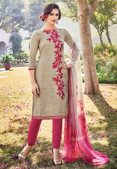"""""""Fashion is a form of ugliness so intolerable that we have to alter it every six months.""""  #punjabisuitdesigns #punjabi #cute #salwarsuit #salwarkameez #latest #trending #fashion"""