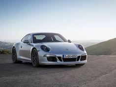 Meet the Porsche 911 Carrera GTS