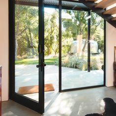 Western Window Systems' Series 900 Hinged Door features wide glass panels that maximize views and let in light. Western Window Systems' Series 900 Hinged Door features wide glass panels that maximize views and let in light. Steel Windows, Windows And Doors, Continuous Hinges, Cottage Door, Window Types, Windows System, Aluminium Windows, River House, California
