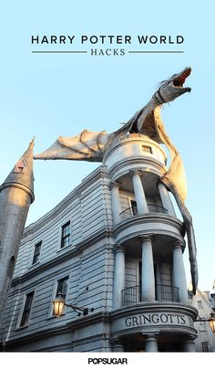 25 Wizarding World of Harry Potter Hacks You Need to Know Before Going. Best part about moving to the south! 5 hours from Harry Potter World! Universal Orlando, Universal Studios Florida, Harry Potter Universal, Universal Resort, Disney World Trip, Disney Vacations, Disney Trips, Family Vacations, Disney Hub