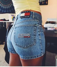 There are 2 tips to buy top, tommy hilfiger, bralette. Tommy Hilfiger Jeans, Tommy Hilfiger Mujer, Tommy Hilfiger Outfit, Tommy Hilfiger Bralette, Tommy Hilfiger Women, Short Outfits, Trendy Outfits, Cute Outfits, Fashion Outfits