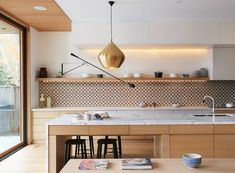 Minimalist Home Interior in Toronto by Jova Management. Architects: Jova Management / Location: Toronto, Canada. Minimalist Bathroom Interior by Jova
