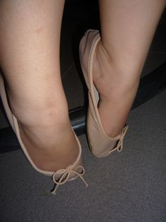 Tip toes and arch Pink Ballet Shoes, Ballerina Flats, Ballet Flats, Me Too Shoes, Women's Shoes, Dance Shoes, Sexy Legs And Heels, Sexy Feet, Redheads Freckles