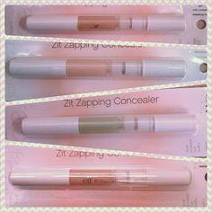 ¡Correctorer anti acné 2 en 1! La solución más práctica a todas tus imperfecciones. Di adiós a los poros y puntos negros. Su fórmula combate el acné mientras que sus diferentes tonos lo camuflan. http://www.elfcosmeticos.es/elf/rostro/corrector/corrector-2-en-1